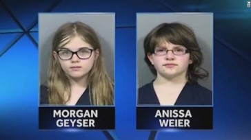 141218213730-pkg-girls-charged-slenderman-stabbing-deemed-competent-00001025-story-top